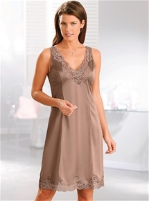 Anti-Static Lace Trim Slip